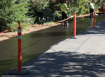 Sealcoating Asphalt Pavement Bellevue, WA Seattle WA Paving